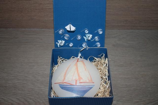 Svíčka Disk malý - Plachetnice v dárkové krabici